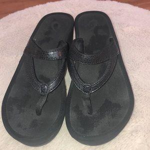 Olukai black wedge sandals size women's 7